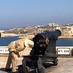 Photo de Saluting Battery