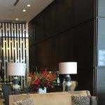 Lobby lounge/bar
