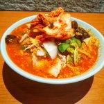 キムチラーメン:Pates dans le  potage piquant avec legume, Ramen with Kimuchi soup and vegetable
