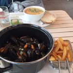 Mussels and fry