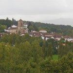 Vue sur le village ( au Zoom) des Collines Iduki.