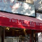 Foto de Two Little Red Hens