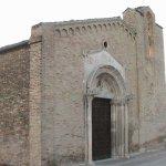 Facciata della chiesa di Santa Maria a Mare a Giulianova.