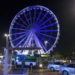 A replica of the London eye in front of the Marina mall