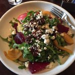 Beet arugula salad