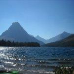 ภาพถ่ายของ Glacier Park Red Bus Tours