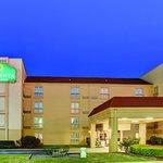 Photo of La Quinta Inn & Suites Atlanta Airport South