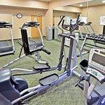 Photo de Holiday Inn Express Hotel & Suites Cheney - University Area