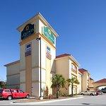 Photo de La Quinta Inn & Suites Mobile - Tillman's Corner