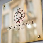 Photo de Brown's Hotel