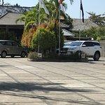 Sewa mobil di Bali,