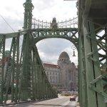 Liberty Bridge (Szabadsag hid) Foto