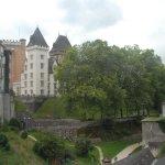 Arrivée au chateau, vue depuis le pont
