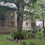 Kings Chapel cemetery