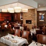 Porter's Steakhouse Image