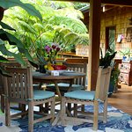 Central Lanai with Dining Table