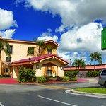 Foto de La Quinta Inn Miami Airport North