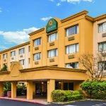 Photo of La Quinta Inn & Suites Seattle Bellevue / Kirkland