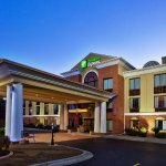 Holiday Inn Express Hinesville/Fort Stewart Exterior
