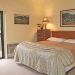 Maui Hill - OV Bedroom