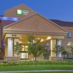 Photo de Holiday Inn Express Clovis Fresno Area