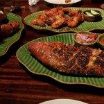 black pepper crab, grilled whole red snapper, half-eaten plate of shrimp :D