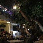 Maya Hotel & Restaurant Foto
