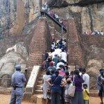 Queue to Sigiriya Rock 1