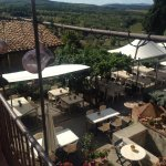 Vistas de la terraza del restaurante de día