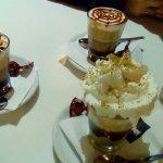 Caffè al caramello e al pistacchio