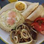 Steak & eggs @ Papaya