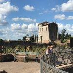 Photo de Walks Inside Rome