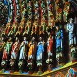 Vue partielle des statues