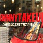 ภาพถ่ายของ Johnny Take Ue'