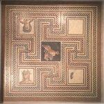 Museum der römisch-gallischen Zivilisation (Musée de la Civilisation Gallo-Romaine) Foto