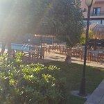 Zone extérieur repas et piscine