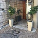 德韋特 52 號飯店照片