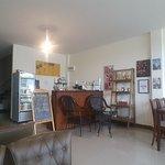 ภาพถ่ายของ The Beehive Coffee & Bistro