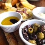 Olives & Bread