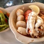 Broiled seafood w/mixed veggies