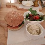 Photo de Real Food Cafe - The Central