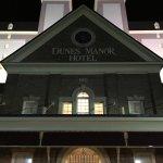 Photo de Dunes Manor Hotel & Suites