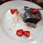 Sticky toffee pudding (highly recommended)