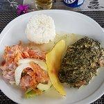 Assiette Polynésienne (Poisson cru lait coco et poulet fafa)