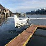 Photo de Taku Glacier Lodge & Wings Airways