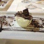 Creamy pistachio with chocolate