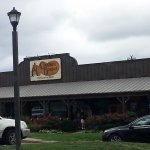 front of and entrance to Cracker Barrel