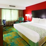 Foto de La Quinta Inn & Suites Milwaukee Bayshore Area