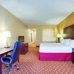 La Quinta Inn & Suites Verona Foto
