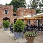 Cafe/restaurant area